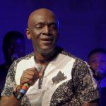 VIDEO: Sammie Okposo – The Glory is Here (Live)