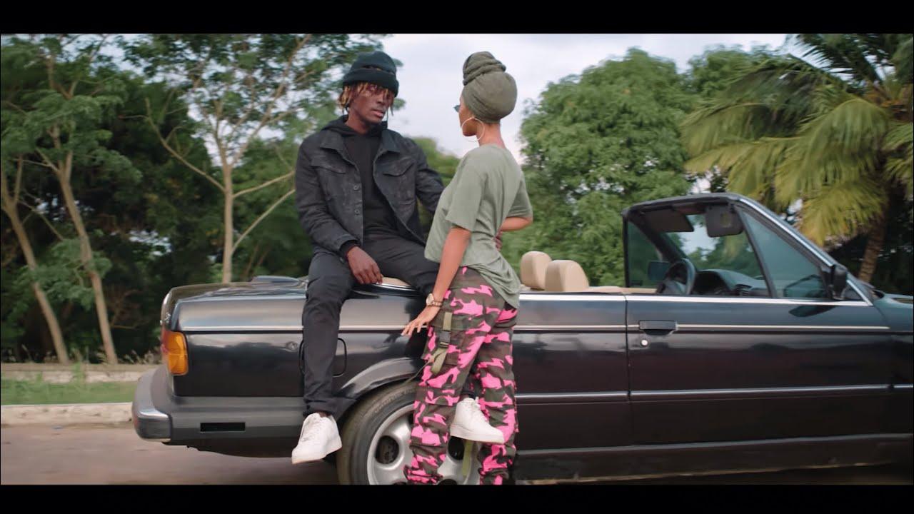 VIDEO: Kofi Mole - Me Ne Woaa Mp4 Download