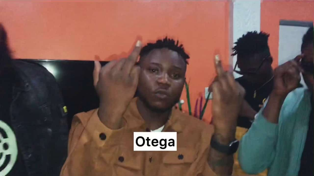 Leke Lee Ft. Otega - Jabo Mp3 Mp4 Download