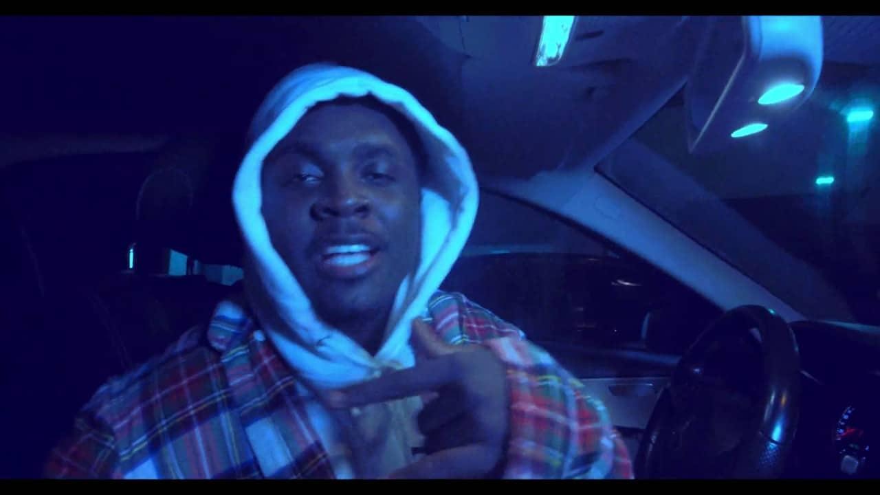 Kweku Smoke - Dis Side Ft. Kofi Mole (Audio + Video) Mp3 Mp4 Download