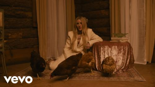 Ellie Goulding Ft. blackbear - Worry About Me Mp3 Mp4 Download