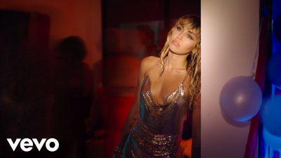 VIDEO: Miley Cyrus - Slide Away Mp4 Download