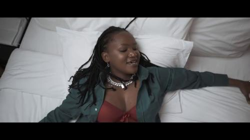 Fena Gitu - Siri (Audio + Video) Mp3 Mp4 Download