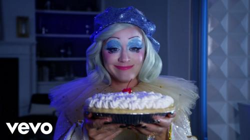 VIDEO: Katy Perry - Smile Mp4 Download