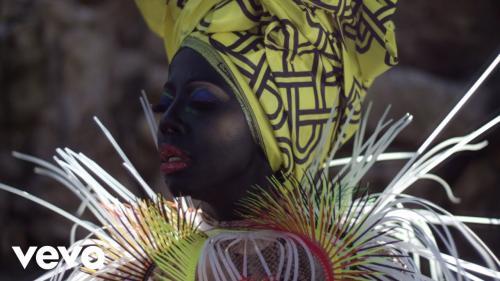 VIDEO: Kelly Khumalo - Empini Mp4 Download