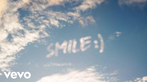 Wizkid - Smile Ft. H.E.R. (Official Video)