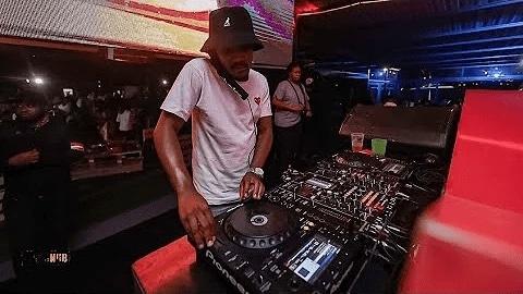 Kabza De Small X DJ Maphorisa - Phakamisele Ft. Boohle