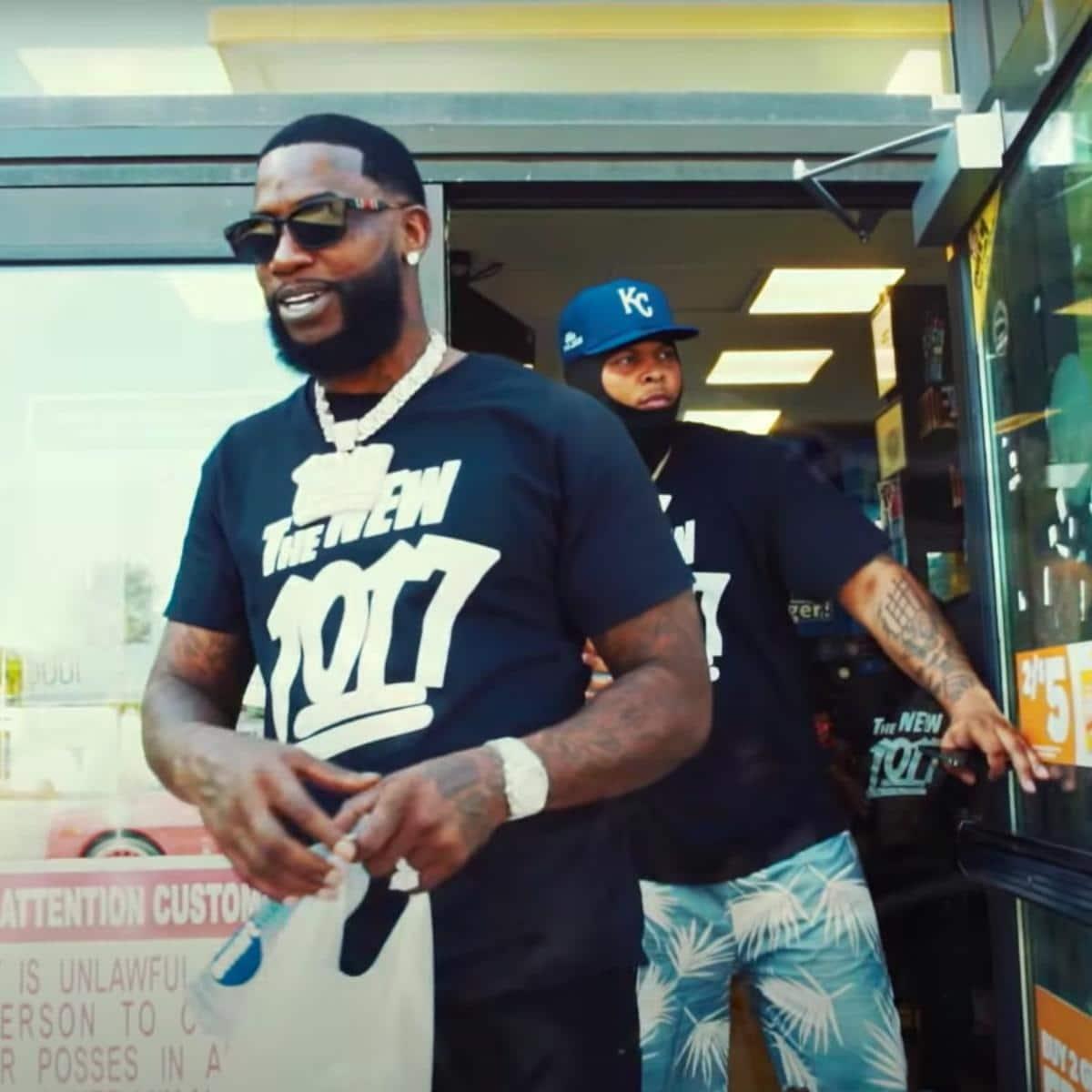 Gucci Mane Feat. BigWalkDog - Poppin