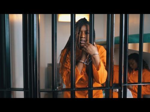 VIDEO: Qounfuzed Ft. Cindy Munyavi - Mhosva